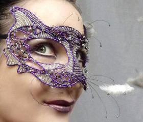 Purple cat masquerad..