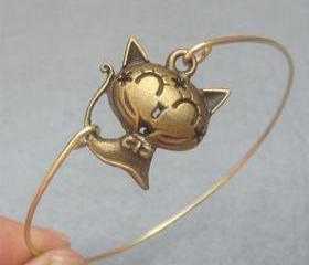 Brass Cat Bangle Bra..
