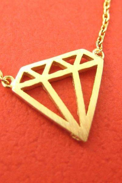 Simple Diamond Shaped Cut Out Necklace in Gold
