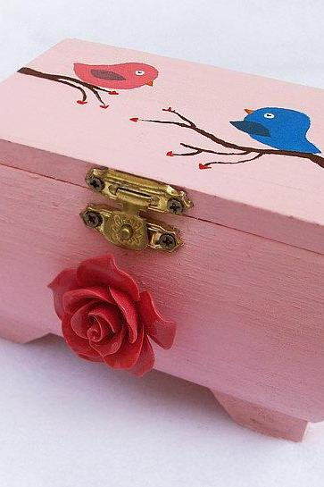 ON SALE Love Birds Box, Handpainted, Handmade, OOAK, Wooden, Cute, Love Gift