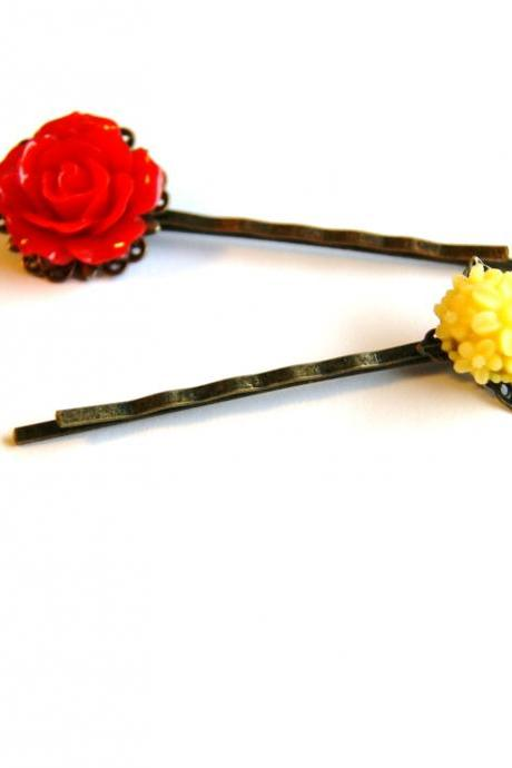 Vintage Inspired Flower Bobby Pins, Set of Two