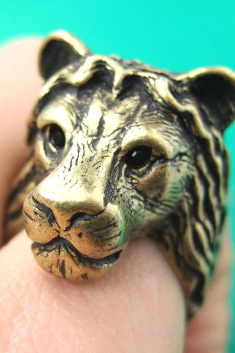 3D Adjustable Realistic Lion Animal Hug Ring in Brass
