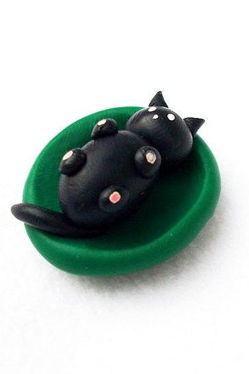 Polymer Clay Cat Fridge Magnet, Baby Cat Miniature, Clay Cat Sculpture, Cat Figurine, Puppy Kennel