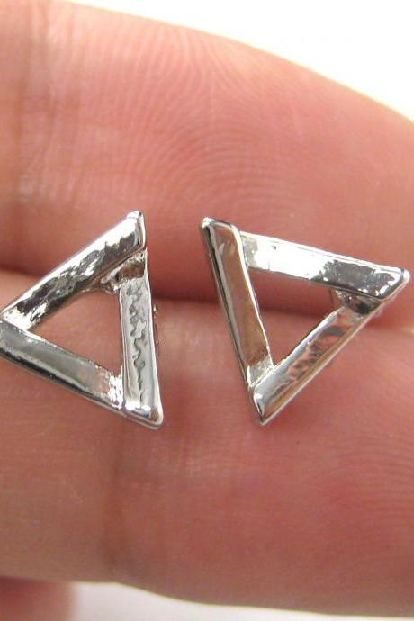 Small Geometric Triangular Simple Stud Earrings in Silver