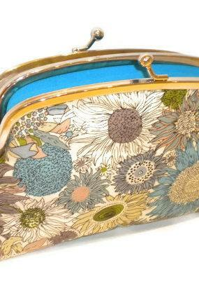 Kiss lock wallet with funky modern floral print - in shades of turquoise, aqua blue and green with 2 compartments