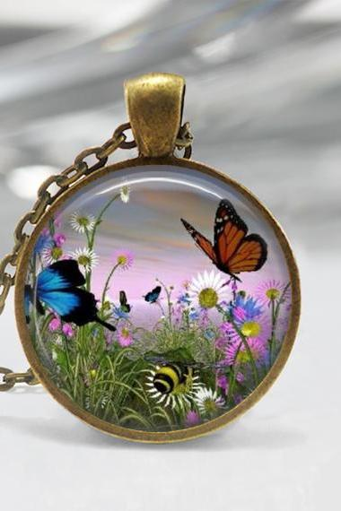 1 inch Round Pendant Tray - Beautiful Butterfly