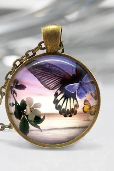 1 inch Round Pendant Tray - Beautiful Butterfly 02