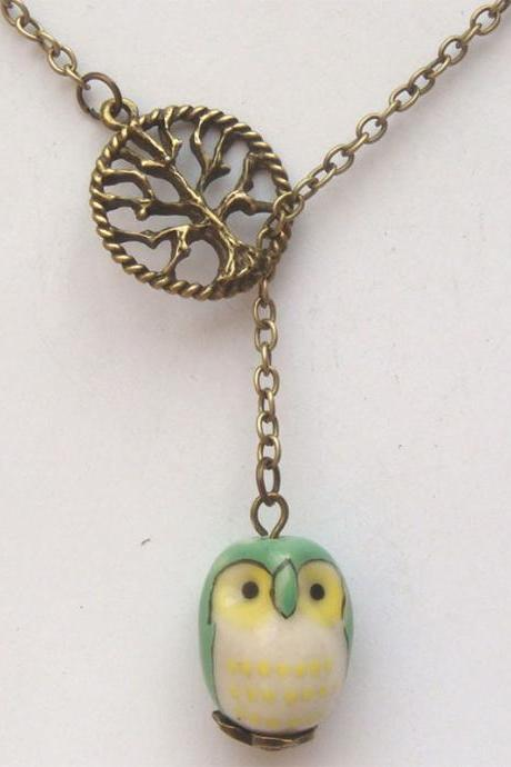 Antiqued Brass Tree Green Porcelain Owl Lariat Necklace