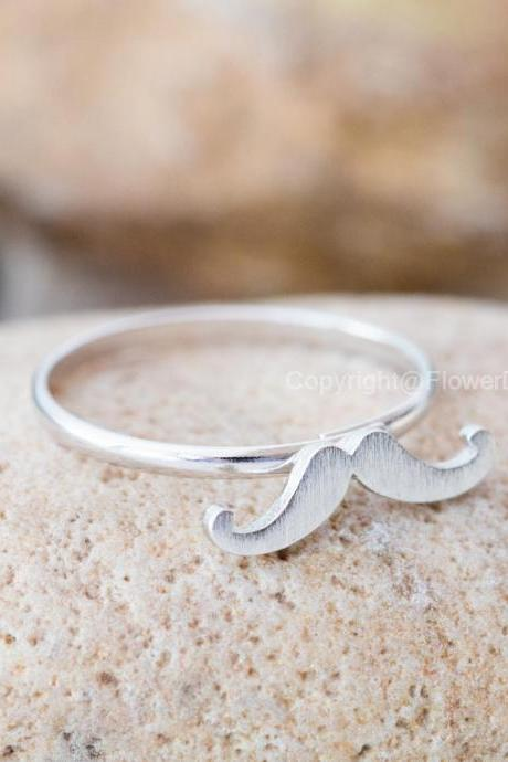 Cute mustache adjustable ring in silver,adjustable ring,everyday jewelry, gift ring