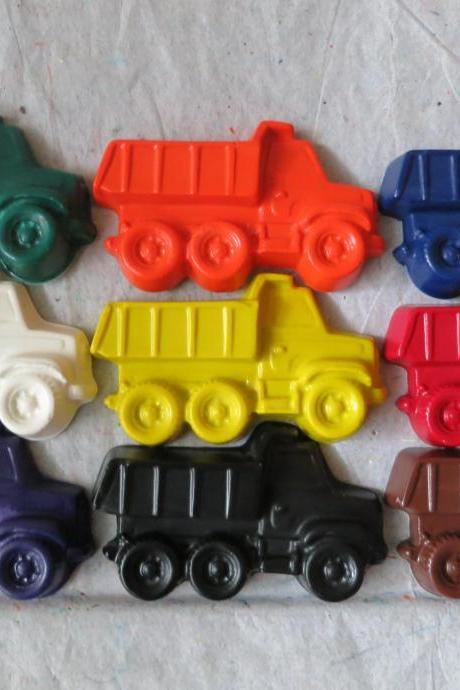 Large Dump Truck Toy Crayon Set of 14