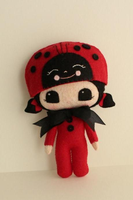 Peek-a-Boo Lady Bug pdf Pattern