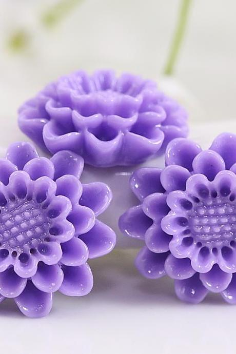 Purple Flower Resin Cabochons 4pc