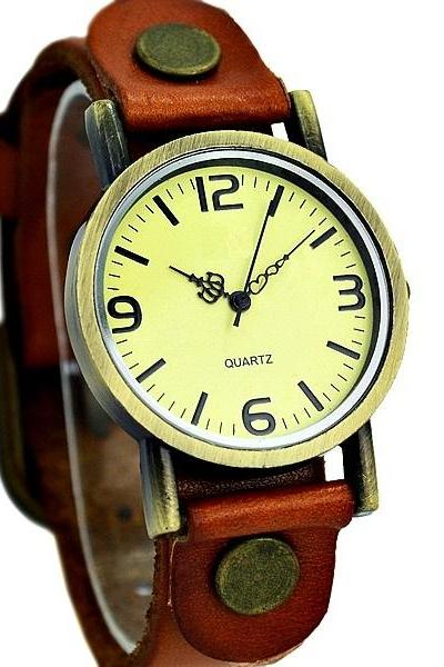 Vintage Leather Watchband Unisex Wrist Watch For Men Lady Retro Round Quartz Brown