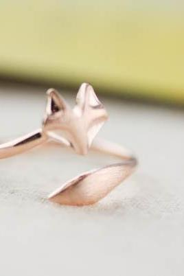 Fox ring in rose gold