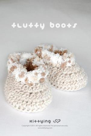 Khaki Fluffy Baby Boots Crochet SYMBOL PATTERN (pdf) by kittying