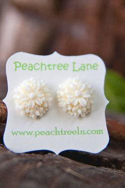Cream-Ivory Flower Post Stud Earrings Bridesmaid Gifts Vintage Style - Honeysuckle
