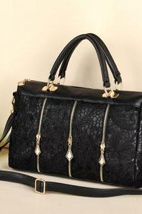 Vintage Nice Black Lace Handbag & Shoulder Bag
