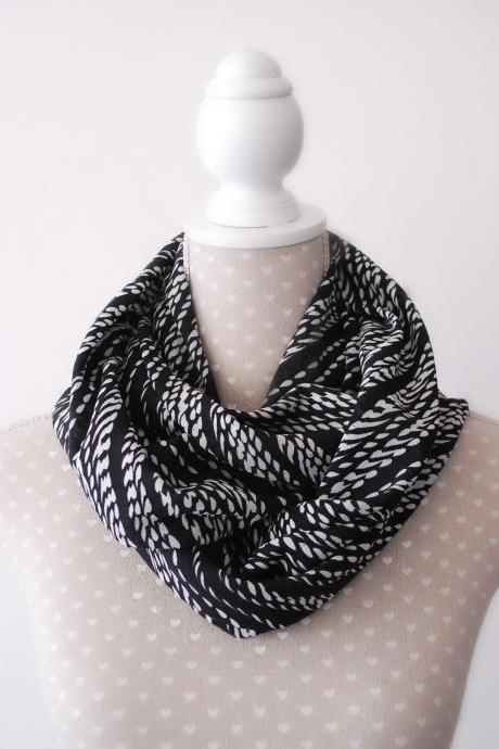 Black and White Tube scarf Stretch Circle Scarf Fashion accessory
