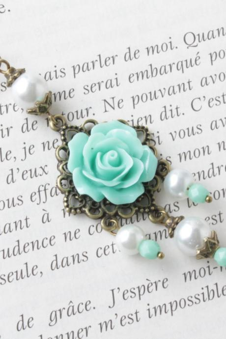 Mint rose necklace - vintage style necklace -Mint flower necklace - Antique mint necklace - pearl necklace - sautoir -cabochon jewelry