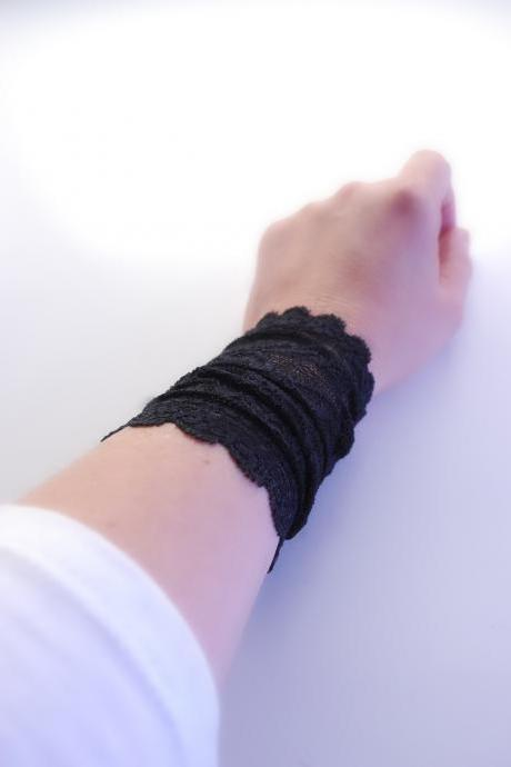 Trendy BLACK Green Lace Wrist Cuff Fashion accessory Women Teens MANY COLORS
