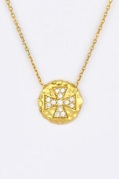 Cross chain diamond look black silver yellow gold necklace pendant
