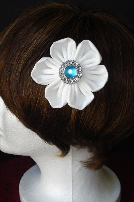 Kanzashi Flower Hair Clip/ Bridesmaid Hair Clip/ Bridal Wear/White/Red/Green /Blue Flower
