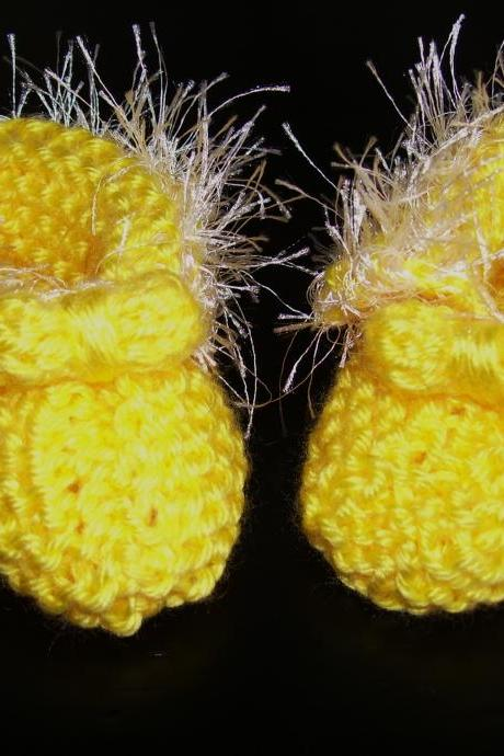Delicate Handmade Yellow Baby Booties