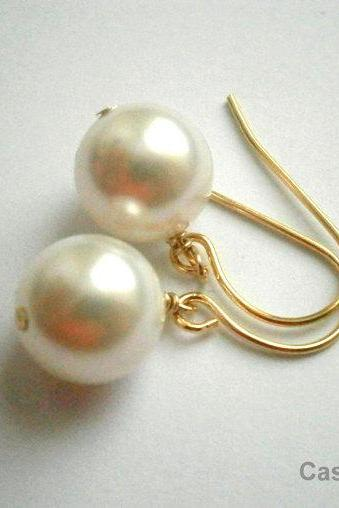 Pearl Earrings In Gold With White Swarovski Crystal Pearls
