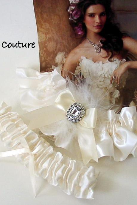 Beautiful Wedding, wedding glam, bridal garter sets, garters