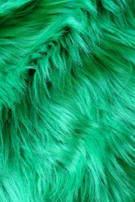Fake Fur Kelly Green 12 x 15 inches