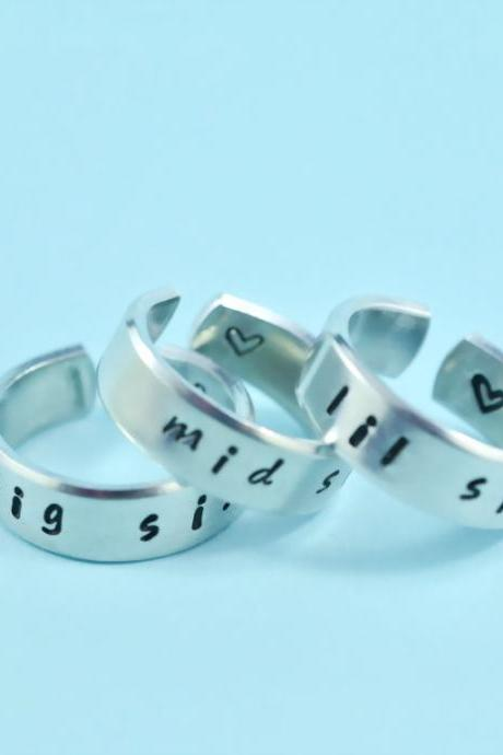 big sis/mid sis/ lil sis - Hand Stamped Rings Set, Shiny Aluminum Spiral Rings, Forever Love, Friendship, BFF gift, Handwritten Font,