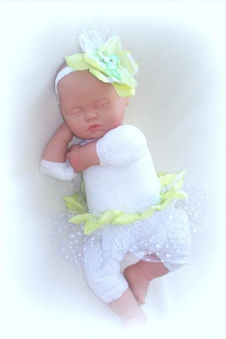 Newborn Pixie Diaper Cover and Headband Set, Photo prop