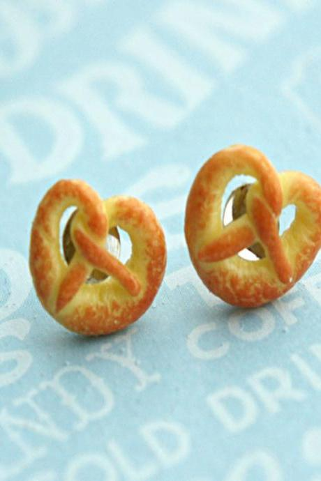 pretzel stud earrings