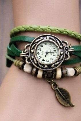 Handmade Vintage Style Leather Band Watches Woman Girl Lady Quartz Wrist Watch Green