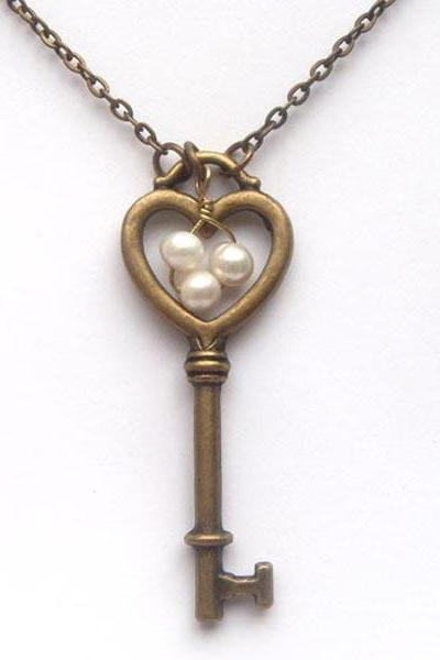 Antiqued Brass Key Pearl Necklace
