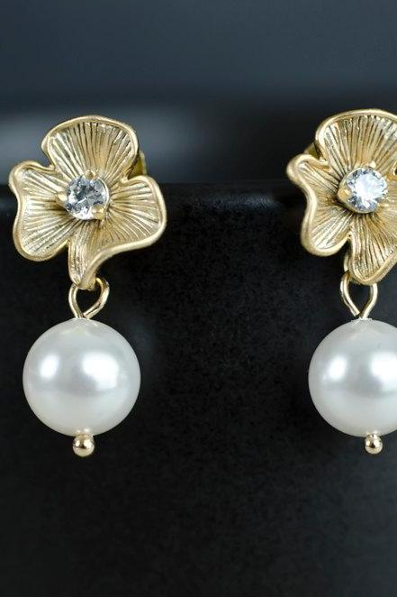 Bridal Earrings, Gold CZ Flower Earrings with White/Ivory 8 mm Swarovski Pearl .925 Sterling Silver Earring Post. Wedding Jewellery