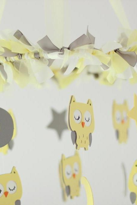 Small Owl Nursery Mobile in Light Yellow, Gray & White- Baby Mobile, Crib Mobile, Baby Shower Gift