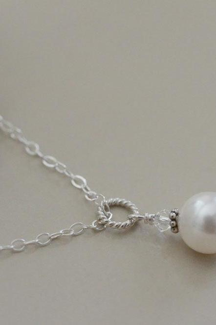 Single Pearl Necklace, Bridal Pearl Necklace, Swarovski Single Pearl Pendant, Simple and Modern Bridal Jewelry