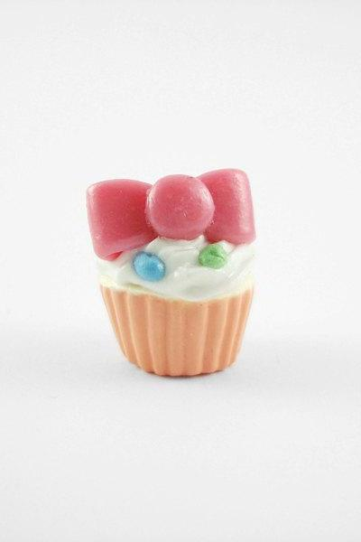 Miniature Charm Bow Cupcake Peach