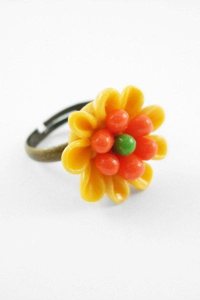 Yellow Clay Flower Adjustable Antique Bronze Ring