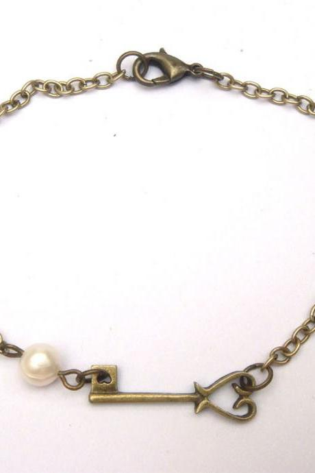 Antiqued Brass Key Pearl Bracelet