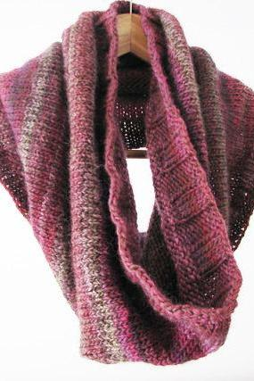 Chuncky hand knitted cowl pink and brown - Winter Fashion - Ready to ship