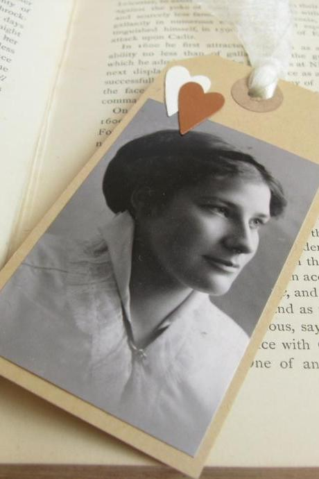 Young Edwardian Lady gift tag bookmark