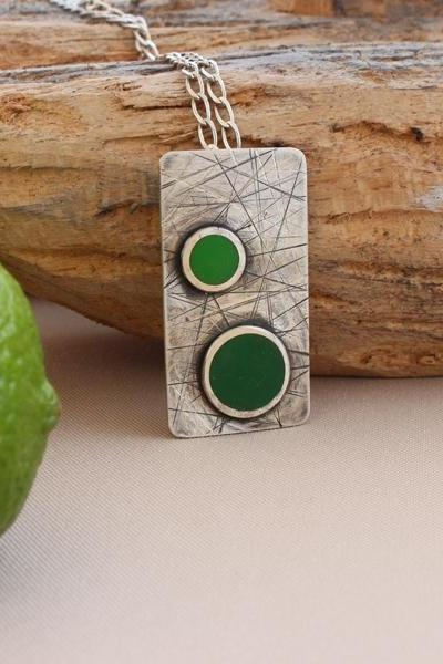 Silver pendant - Green coloured resin application