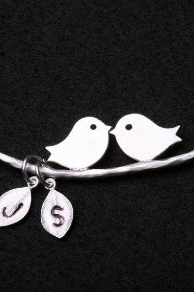 Bird on the branch,Kissing birds necklace,two leaf initial,couple,Mother and baby, Valentine Gift,Family Tree Necklace,simple daily Jewelry