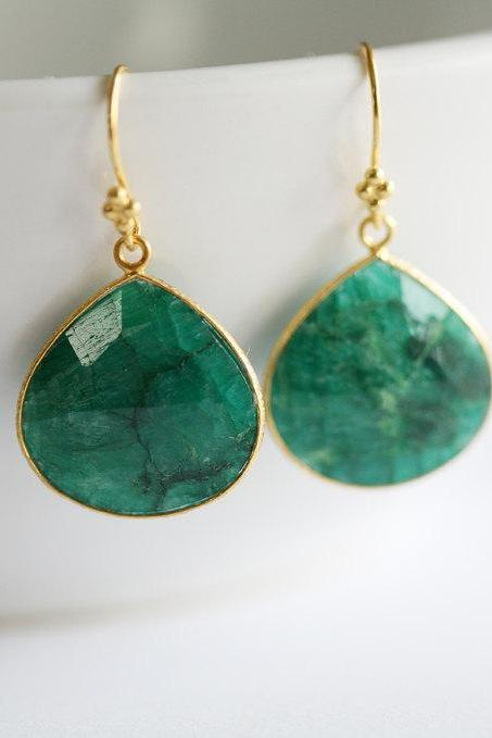 Real Emerald Earrings,Large stone Earrings,Emerald Wedding,Emerald stone in bezel,Gold,bridesmaid gifts,Everyday Jewelry