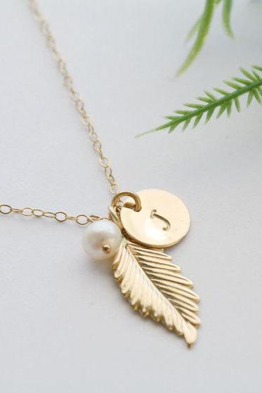 Gold Feather Necklace,Initial necklace,Custom initial birthstone,Fall Wedding,Bridesmaid gifts,Wedding,Birthday, Everyday jewelry