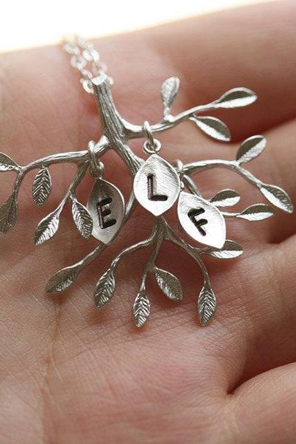 Family Tree Necklace,Leaf initial,Birthday,Sisterhood,Best Friend,Everyday Jewelry,Keepsake, Heirloom, Love