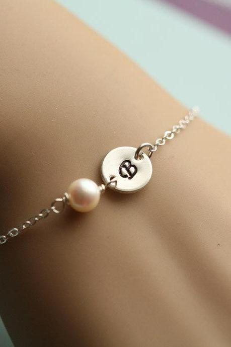 Customize Monogram Initial Bracelet,Wire Wrapped pearl,Everyday Jewelry,Bridesmaid gifts,Birthday,Wedding Jewelry,Friendship Bracelet
