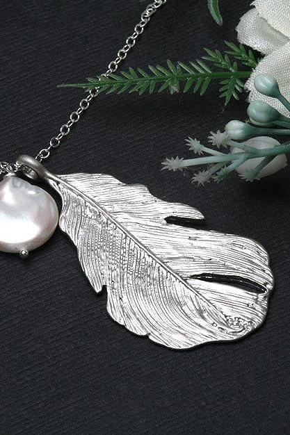 Silver Feather Necklace,birthstone necklace,Personalized,Bridesmaid gifts,Wedding,Birthday, Everyday jewelry